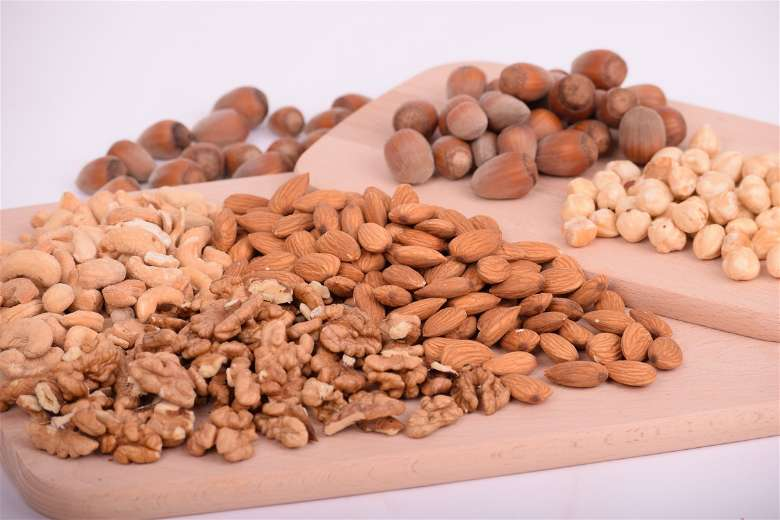 Almonds should be included in a vegan bodybuilding meal plan